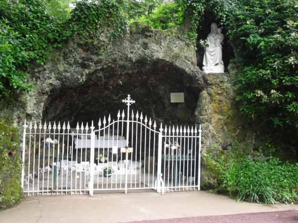 Grotte_N-D_Paimpont