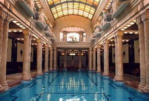 b-pool-danubius-hotel-gellert-budapest-hotel-gellert