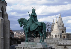Halazbastyia Statue du roi St Steven